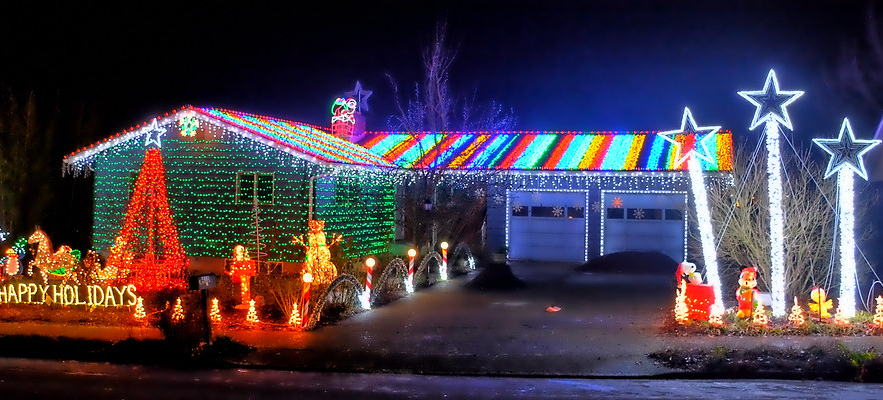 """Too early"" for Christmas lights!?"